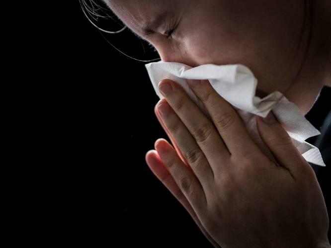 Hoge concentraties graspollen teisteren mensen  met allergie. De remedie? Ouder worden