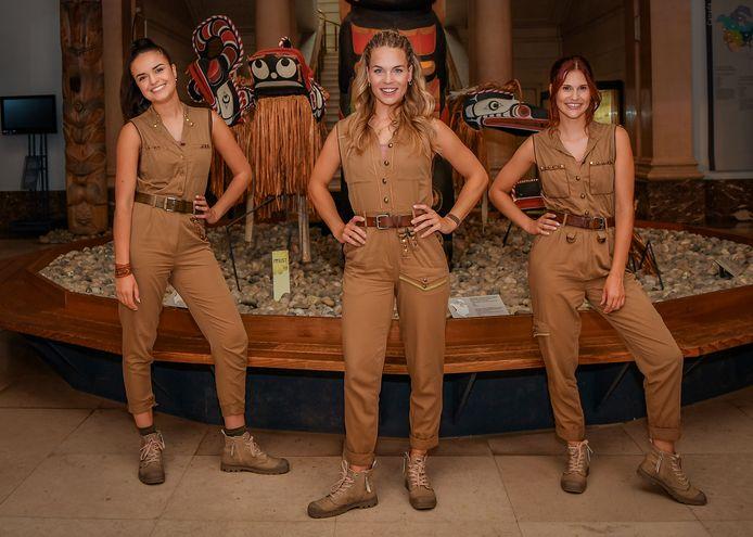Marthe, Klaasje en Hanne op de set van hun nieuwste film 'Dans van de Farao'.