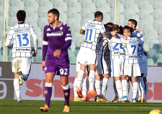 Vreugde bij de spelers van Inter na de 1-0.