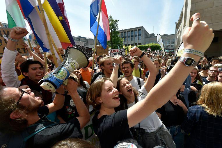 """""""Soms leek het in de media alsof de hele Vlaamse jeugd een beter klimaatbeleid eiste"""", zegt VUB-socioloog Bram Spruyt. Beeld Photo News"""