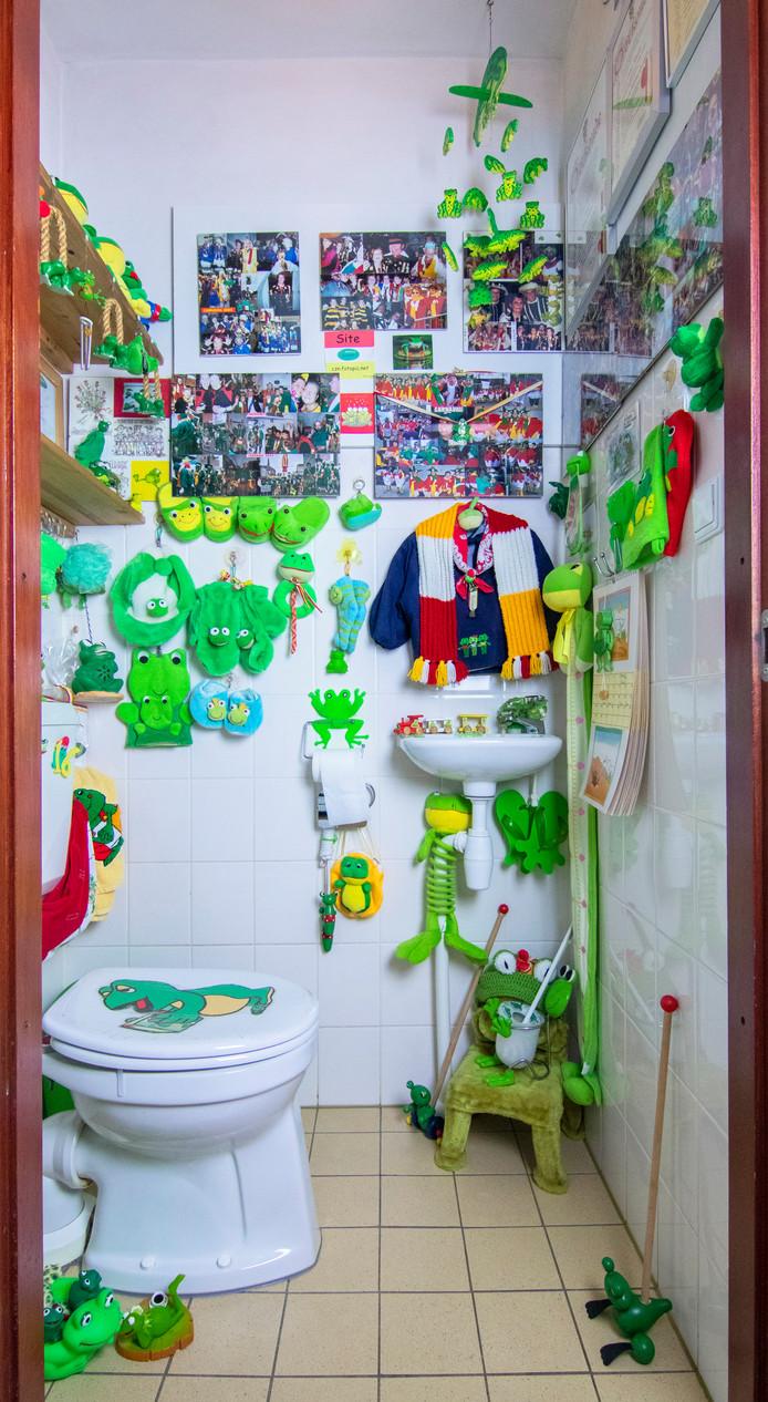 Bosschenaar Perla van Kessel fotografeert bijzondere toiletten in Nederland