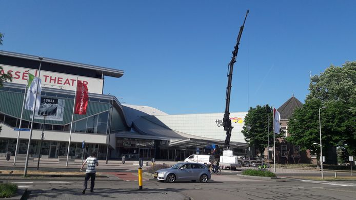 De bouw van de nieuwe rookruimte van Holland Casino is vorige week begonnen.