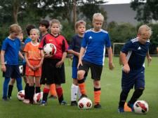 De bal rolt weer: het voetbalseizoen is ook in Buren begonnen
