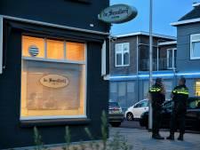 Twee verdachten na achtervolging aangehouden voor overval op cafetaria in Tilburg