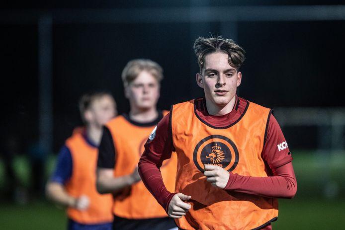 Daniël Faber op de voetbaltraining.