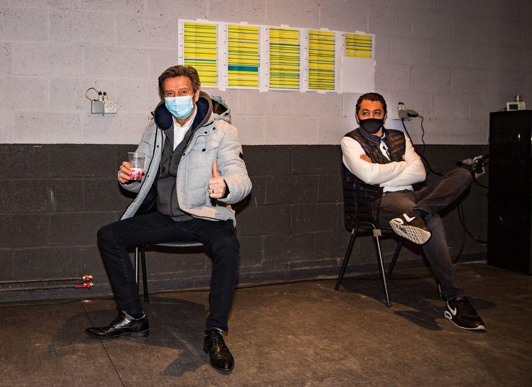 Willy Sommers wacht op de uitslag van zijn sneltest in het Sportpaleis. Beeld Joel Hoylaerts / Photo News