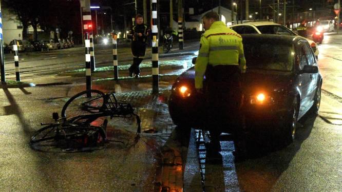 Fietser gewond bij aanrijding op Rijswijkseplein