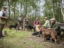 Jachthondenproef op Het Hulsbeek: nep-eenden en dode kraaien apporteren