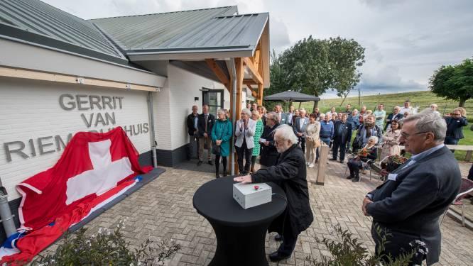 Het Gerrit van Riemsdijkhuis in IJzendoorn is een feit: zoons van gulle gever openen dorpshuis officieel