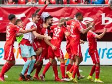 FC Twente viert het punt tegen Ajax als een zege: 'We hebben op het veld zo genoten'