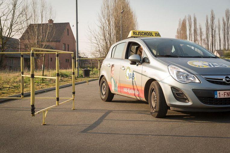 Rijexamencentra in Vlaanderen zijn volgeboekt.  Beeld photo_news