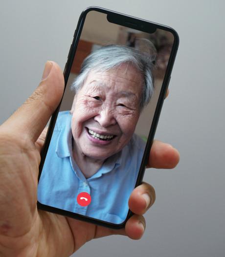 Alphens bedrijf lanceert app die videobellen voor dementerenden makkelijk maakt