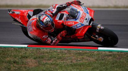 Lorenzo boekt tweede zege op rij in MotoGP, Xavier Siméon geeft op