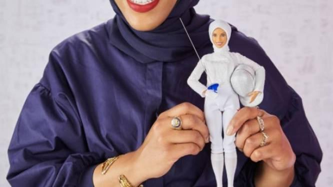 """Barbie krijgt nu ook een hoofddoek, geïnspireerd op deze atlete: """"Een kinderdroom die uitkomt"""""""