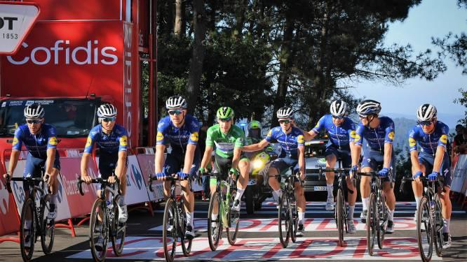 Teamspirit: groenetruidrager Jakobsen met hele ploeg over finish in laatste bergrit Vuelta