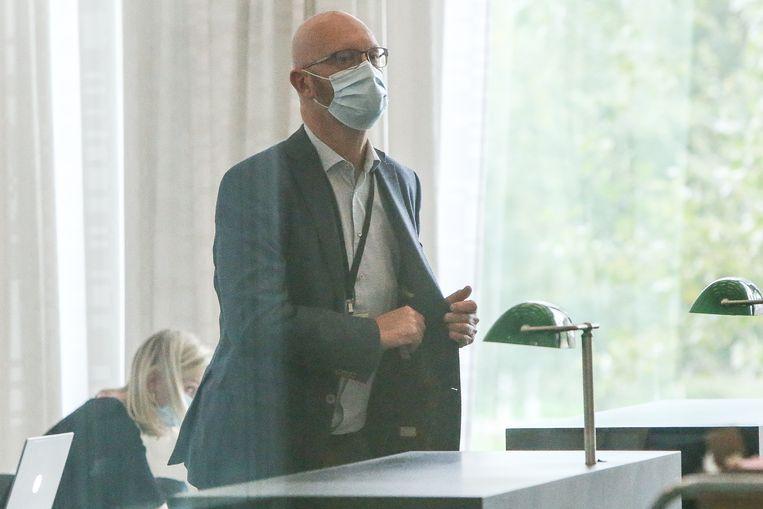 Johan Sabbe in oktober op de tuchtrechtbank. Vandaag bleef de geschorste procureur afwezig op de zitting in Gent.  Beeld Photo News