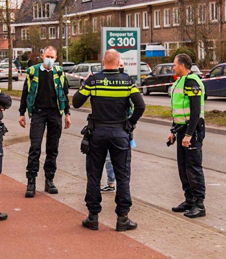 Vrouw in rug gestoken in Eindhovense wijk Kronehoef, zwaargewond naar ziekenhuis