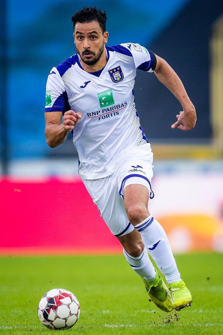 Nacer Chadli in actie bij Anderlecht. Die club ging vorig jaar ruim 25 miljoen in het rood. Beeld Photo News