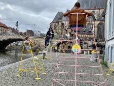6,25 miljoen euro voor leuke projecten, daar moet je even van gaan zitten: 50 hoge stoelen nodigen Gentenaars uit om na te denken over hun buurt