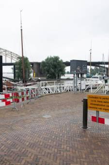 Maas naar record 1993, Waal wordt hoger dan in winter: 'Dit is echt ongelóóflijk veel water'