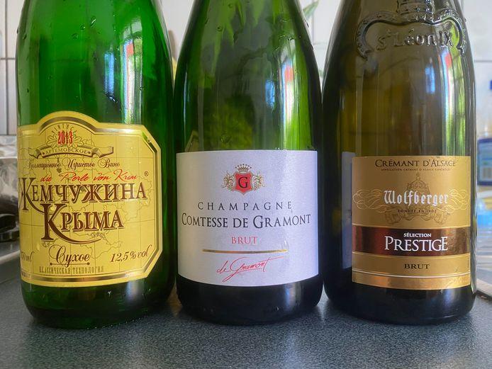 """Le """"champagne"""" russe """"Perle de Crimée"""", le champagne d'entrée de gamme """"Comtesse de Gramont"""" et la cuvée """"Prestige"""" du crémant d'Alsace Wolfberger: trois vins effervescents dégustés à l'aveugle par notre consultante."""