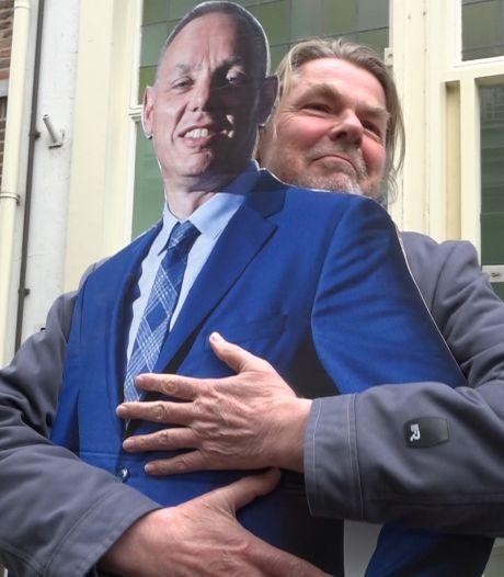 Met burgemeester 'Ron Karton' door Deventer: nog even werken aan het imago