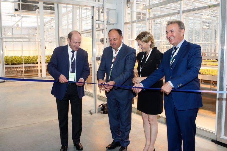 CEO Rob Van Tetering (rechts) tijdens de officiële opening.