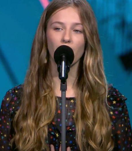 Lilia (13) imponeert The Voice Kids-coaches met gouden keeltje