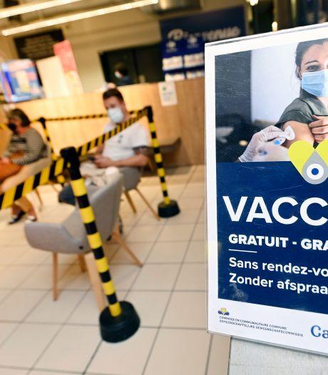Les Bruxellois qui se feront vacciner prochainement pourront recevoir un test PCR gratuit