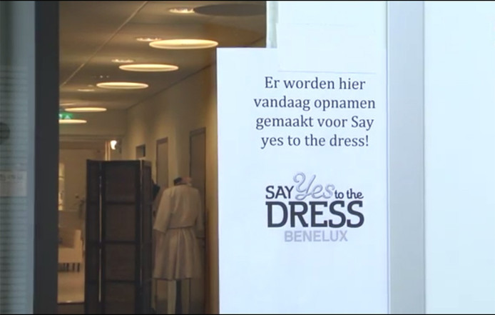 Opnamen bij 'Say yes to the dress' bij Koonings Bruidsmode in Deurne.