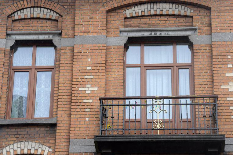 Het appartement in Schaarbeek. Beeld Photo News