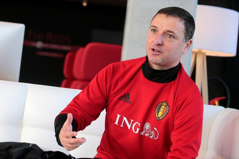Ives Serneels, coach van de Red Flames. Beeld Photo News