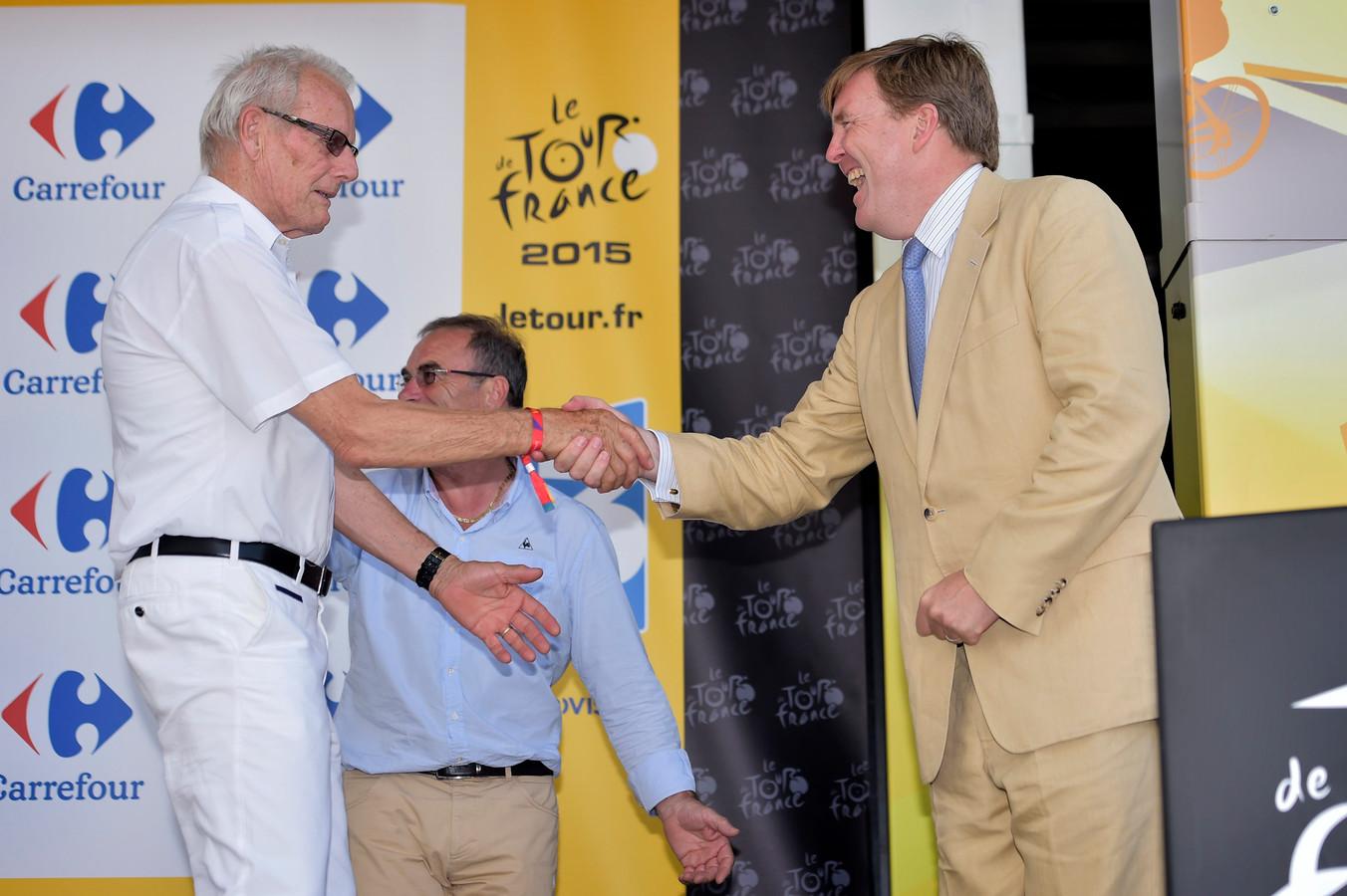 Jan Janssen met de koning tijdens de Tour start in Utrecht.