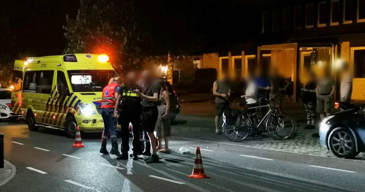 Bestuurder van brommer gewond door aanrijding met auto.