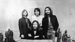 """Paul is dood"": de bekendste samenzweringstheorie over de Beatles wordt vijftig"