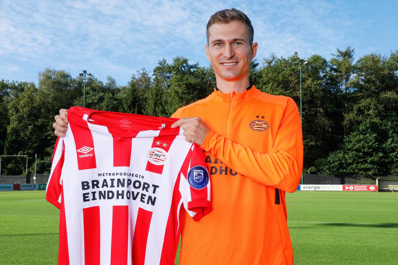 Daniel Schwaab is terug bij PSV en zit misschien zondag weer bij de wedstrijdselectie, als PSV tegen Heracles speelt. Donderdag mag hij tegen FK Haugesund nog niet in actie komen, omdat hij niet staat ingeschreven voor de derde voorronde van het Europa League-toernooi.