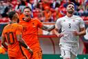 Wout Weghorst en Memphis vormen vermoedelijke de aanval van Oranje tegen Oekraïne.