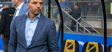 Trainer Maurice Steijn vertrekt om veiligheidsredenen per direct bij NAC