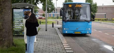 FNV in Dronten is 'verbijsterd' over bezuinigingen op busvervoer: 'Niet uit te leggen'