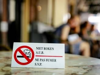 """Roken gelinkt aan """"zeker twintig vormen van kanker"""""""