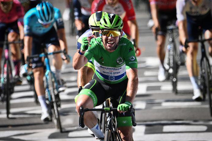 Mark Cavendish wint de dertiende etappe van de Tour de France van dit jaar.