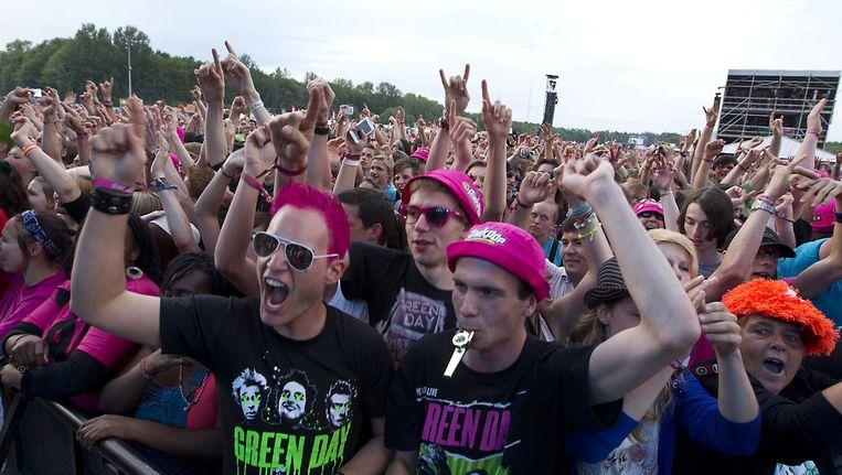 Publiek bij Green Day op Pinkpop 2013 Beeld ANP