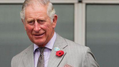 Bizarre gewoonte: Prins Charles doet geregeld een regendansje