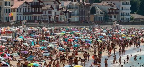 Coronavirus leeft weer op in Frankrijk, óók in vakantiegebieden