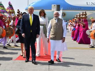 Namaste Trump! 100.000 Indiërs geven Trump feestelijk onthaal