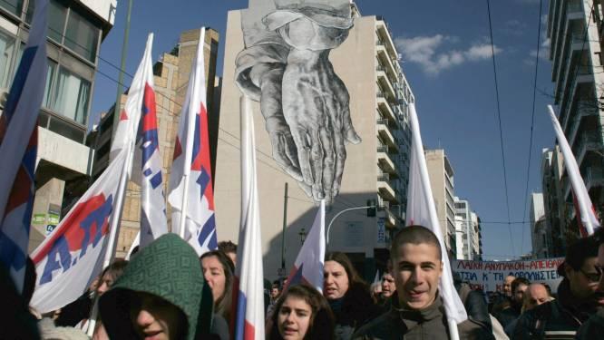 Dronken Grieken slaan Nederlander (78) in mekaar wegens EU-besparingen