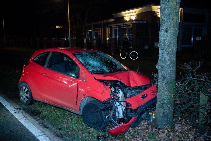Autobotsing op Ringbaan-Zuid in Tilburg.