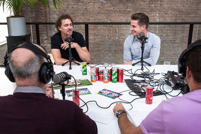 Er werd geregeld gelachen tijdens de opname van de podcast.