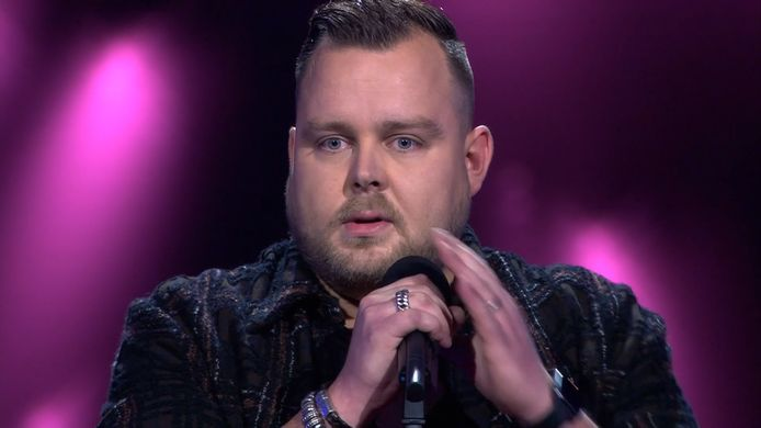 Jasper Wever is volgens Ali B. het meest nerveuze talent ooit in The voice of Holland.