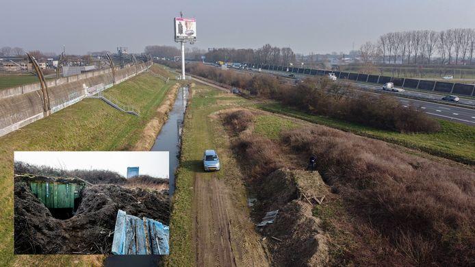 De container is ingegraven tussen de snelweg A15 en de Betuwelijn.